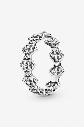 Comprar online Anillo Pandora Pétalos de Rosa en plata de ley Acabado a mano