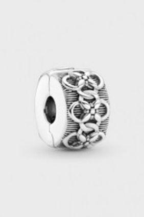 Comprar online Clip en plata de ley Estampado de Flores Pandora 799316C00