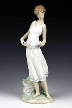Comprar figura chica flor de Lladró 7709 online
