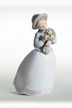 Comprar Figura niña pamela Lladró 6869 online