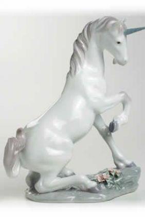 Comprar online Figura Lladró unicornio 7697