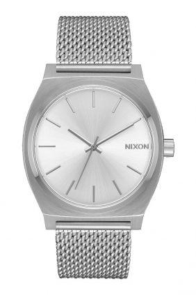 Reloj Nixon Time Teller acero correa Milanesa