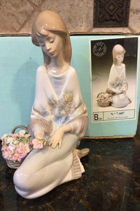 Comprar online Figura chica flor collectors society collectors de Lladró 1988